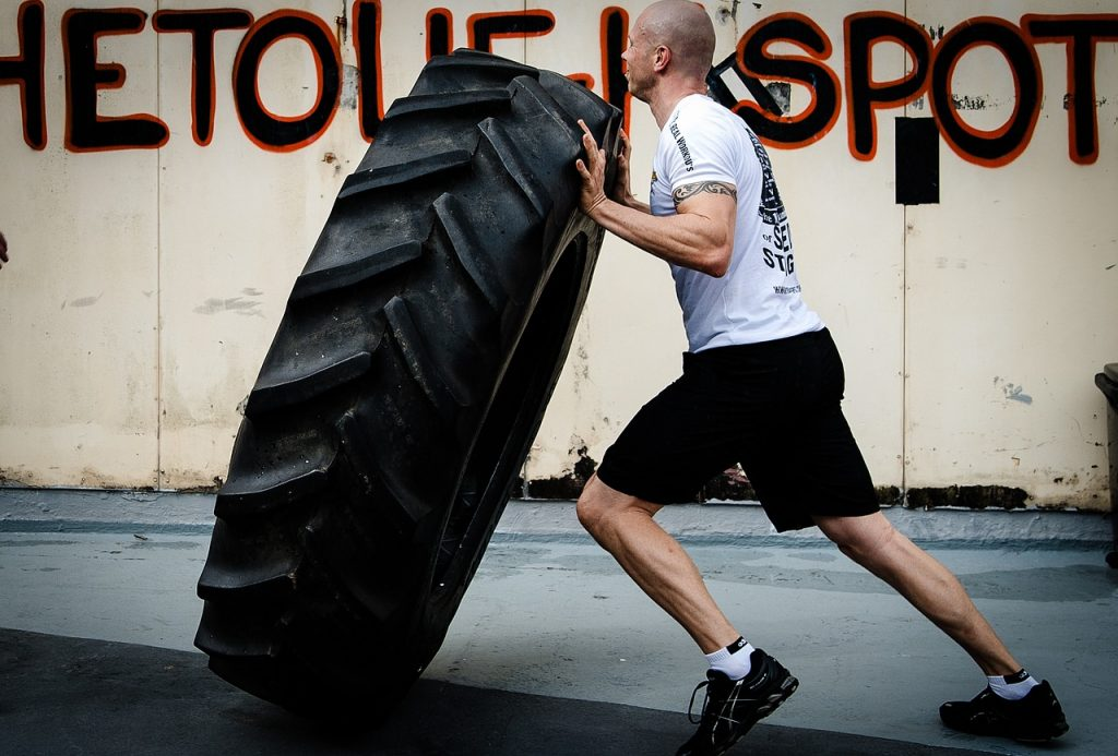 tyre flipping, hardcore training, crossfit